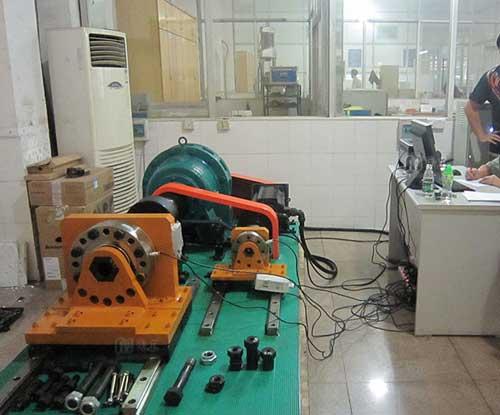 高强螺栓连接副扭转系数试验机(主副系统双位一体)