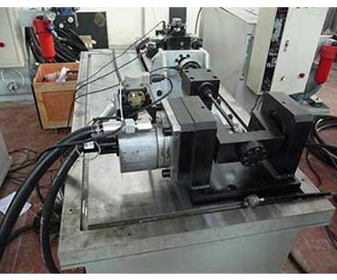 PNW-200电液伺服外球节总成耐久性能试验台